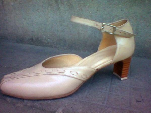 Női keresztpántos cipő,42 45 ös méretig Baktócipő