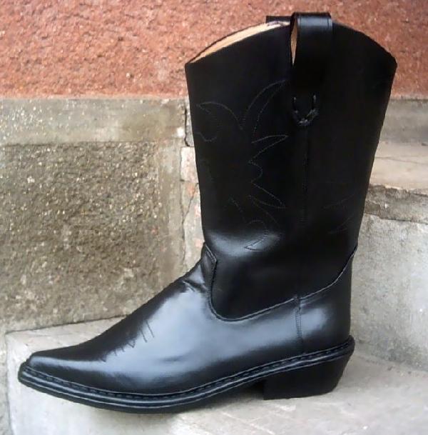 Férfi western csizma,38-42-es méretig