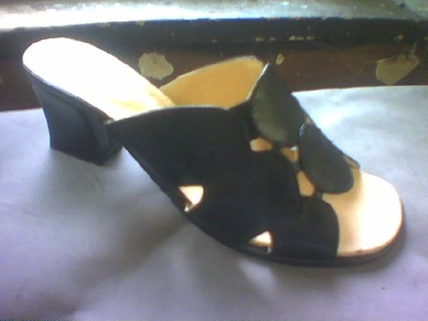 Női papucs rugalmas fejrésszel,37-41-es méretig